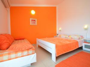 Apartment Karlo.2, Ferienwohnungen  Tribunj - big - 12