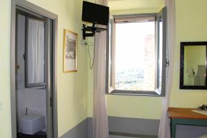 Locanda Delle Mura Anna De Croy, Bed and breakfasts  Magliano in Toscana - big - 41