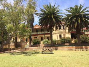 The Priory Hotel, Hotely  Dongara - big - 107