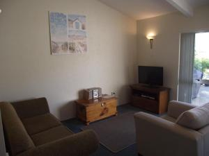 Anchorage Lodge - Marina Haven Apartment, Apartmanok  Picton - big - 4