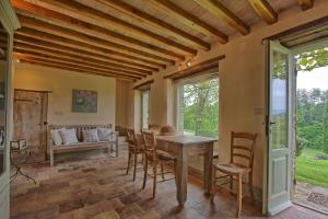 Dolce Vita, Apartments  Anghiari - big - 5
