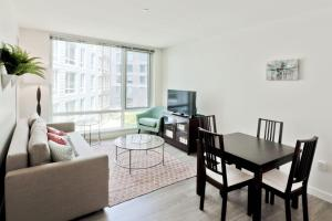 One-Bedroom on Western Avenue Apt S - 418, Apartments  Boston - big - 2