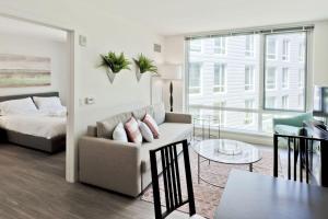 One-Bedroom on Western Avenue Apt S - 418, Apartments  Boston - big - 1