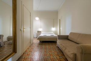 SIBS Rambla, Апартаменты  Барселона - big - 22
