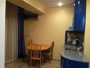 Apartment on 26 May 10/12, Apartments  Batumi - big - 25