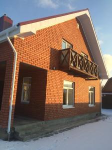 House on Khidiyatova St., D. 8