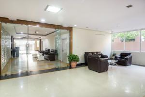 Treebo Hitec City, Апарт-отели  Хайдарабад - big - 23