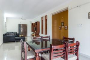 Treebo Hitec City, Апарт-отели  Хайдарабад - big - 17