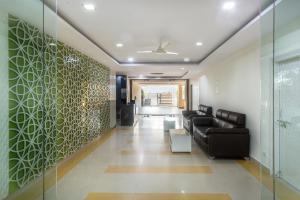 Treebo Hitec City, Апарт-отели  Хайдарабад - big - 30