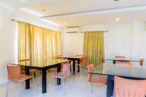 Treebo Hitec City, Апарт-отели  Хайдарабад - big - 15