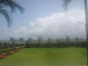 Plesant, Апартаменты  Мумбай - big - 1