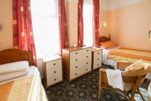 Brooklands Over 50's Only, Guest houses  Blackpool - big - 12