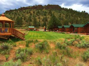 Cabins at Crooked River Ranch, Motely  Crooked River Ranch - big - 37