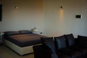 Ocean Spray, Apartments  Anse Etoile - big - 34
