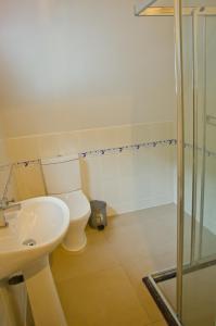 Ocean Spray, Apartments  Anse Etoile - big - 28