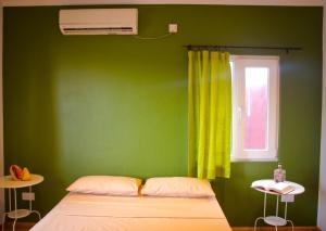 Ocean Spray, Apartments  Anse Etoile - big - 23