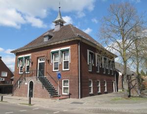B&B Raadhuis Dinther Suites