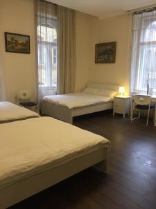 Gold Hostel, Hostels  Budapest - big - 14