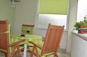 Rooms & Apartments Villa Anka, Апартаменты  Тучепи - big - 49