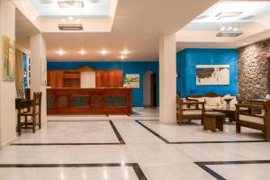 Antinea Suites Hotel & Spa(Kamari)