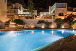 Antinea Suites Hotel & Spa (Καμάρι)