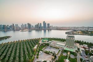 Hotel Holiday International, Hotely  Sharjah - big - 40