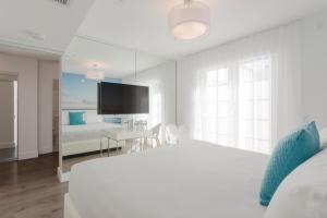 Villa Penthouse Suite with Terrace