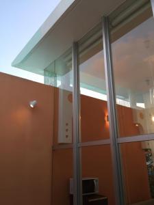Nirai Beach Villa, Дома для отпуска  Yomitan - big - 85