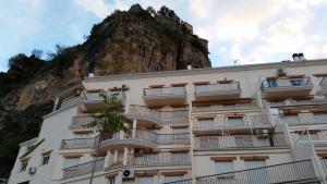 Apartamentos Fuente La Raja