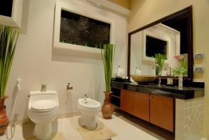 Les Palmares Villas, Курортные отели  Банг Тао Бич - big - 75