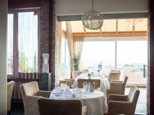 Design-Konferenzhotel & Restaurant Steinernes Schweinchen, Hotely  Kassel - big - 27