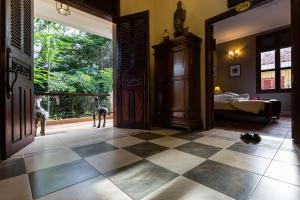 HanumanAlaya Colonial House, Hotely  Siem Reap - big - 6
