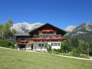 Haus Heidi, Ferienwohnungen  Ramsau am Dachstein - big - 58