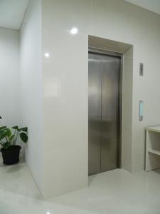 Mk House Scbd, Penzióny  Jakarta - big - 4