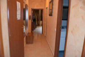 Borovets Holiday Apartments - Different Locations in Borovets, Apartments  Borovets - big - 7