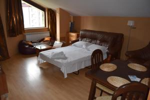 Borovets Holiday Apartments - Different Locations in Borovets, Apartments  Borovets - big - 132