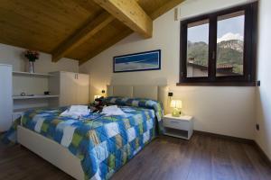 Casa Attico Al Porto, Ferienwohnungen  Pianello Del Lario - big - 13