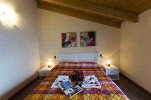 Casa Attico Al Porto, Ferienwohnungen  Pianello Del Lario - big - 2