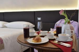 Approdo Ripetta, Bed & Breakfasts  Rom - big - 39