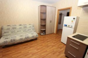 Apartment on Kirenskogo 45