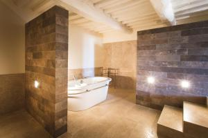 Villa Loggio Winery and Boutique Hotel, Hotels  Cortona - big - 45
