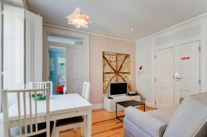 Casas da Baixa - Jules & Madeleine, Appartamenti  Lisbona - big - 37