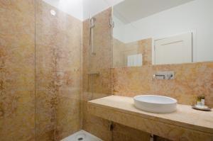 Casas da Baixa - Jules & Madeleine, Appartamenti  Lisbona - big - 104