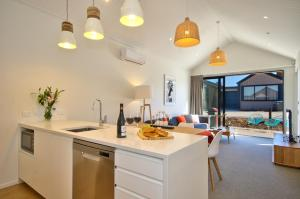 Cherry Blossom Holiday Apartment, Apartmanok  Queenstown - big - 19