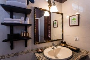 HanumanAlaya Colonial House, Hotels  Siem Reap - big - 18