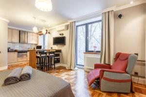 Daily Rooms Apartment at Balchug Island, Ferienwohnungen  Moskau - big - 3