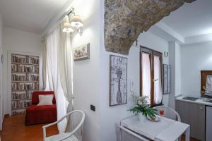 La Corte Segreta, B&B (nocľahy s raňajkami)  Salerno - big - 92