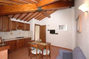 Casale Essenze, Apartmány  Campestri - big - 14