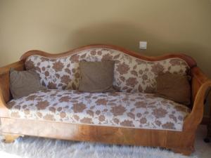 La Poire Grange, Bed and Breakfasts  Villedieu-les-Poëles - big - 19