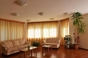 Iolkos Hotel Apartments, Apartmanhotelek  Káto Daráco - big - 79